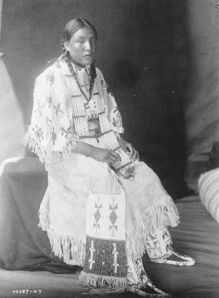 American Indians : Red Elk Woman - Oglala Sioux.
