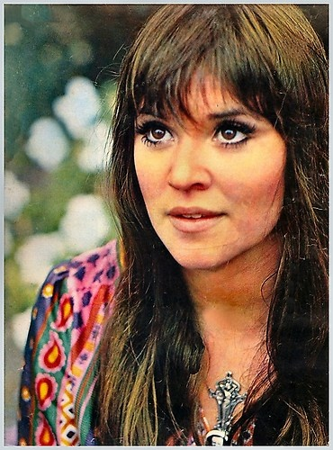Melanie Safka- such talent as songwriter and singer. I absolutely love everything she's done!!
