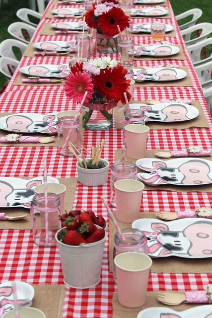 """Photo 21 of 33: Farm/Barnyard / Birthday """"Flowers and Gingham Farm Party""""   Catch My Party"""