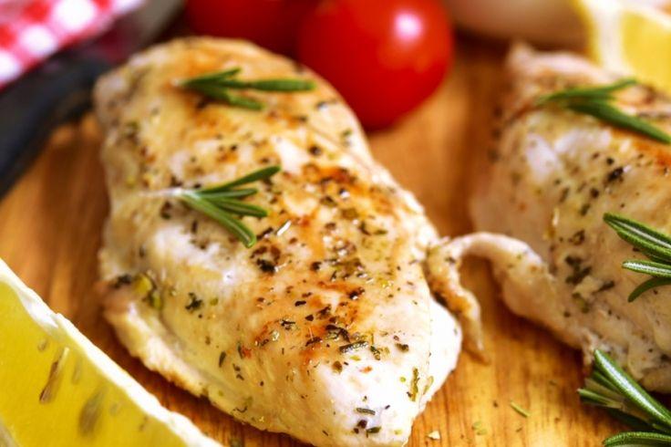 Allez-y d'un souper tout en un : Poulet, brocoli et pommes de terre