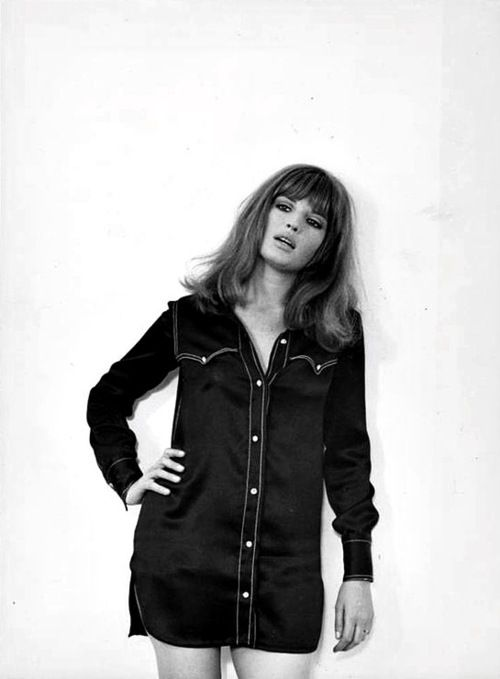 Monica Vitti (born 3 November 1931) an Italian actress best known for her starring roles in films directed by Michelangelo Antonioni during the early 1960s.After that she began making comedies, working with director Mario Monicelli. She has appeared opposite Marcello Mastroianni,Richard Harris, and Dirk Bogarde. Vitti won five David di Donatello Awards for best Actress, seven Italian Golden Globes for Best Actress, the Career Golden Globe, and
