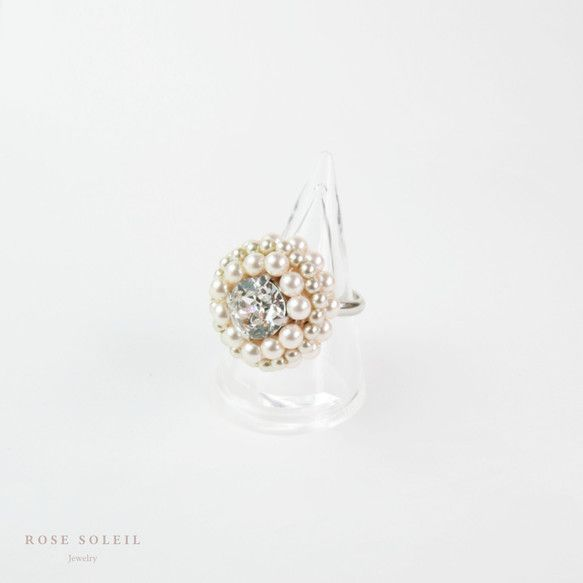 ✧ Large Pearl Ring ✧ Blossom Wind Collection - Rose Soleil Jewelry のパールとスワロフスキークリスタルリング