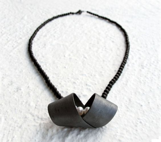 Hug me necklace, by Vero Lázár, oxidised silver, sweet water pearl, black achat, Design jewelry, art jewelry, contemporary jewelry, elegant simplicity