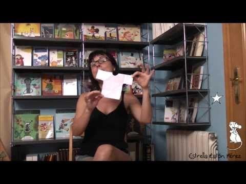 Cuento de un capitán pirata cabezota y un poco de papiroflexia. Estrella Ratón Pérez somos un canal de Youtube de animación a la lectura, de cuentos, de libros, de ideas, de recursos educativos, de animación a la lectura, de animación a la escritura, de palabras, de sonrisas... Dónde estés y a la hora que estés, nos tienes a un click, ¿te vienes?http://www.youtube.com/user/EstrellaRatonPerez
