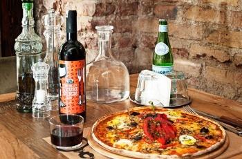 Cukurcuma 49 Cihangir, Istanbul   Best pizza outside of New York!