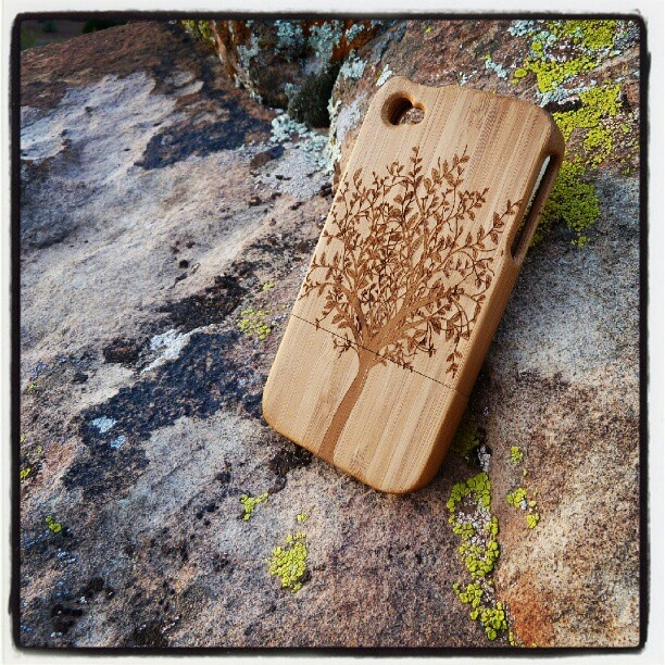 Eco-friendly engraved bamboo iPhone4 case    #10terra #bamboo #fashion #swag #iphone #iphone4 #iphonecase #iphonecases #bestoftheday #popular #follow #iphoneography: Cases Iphoneca