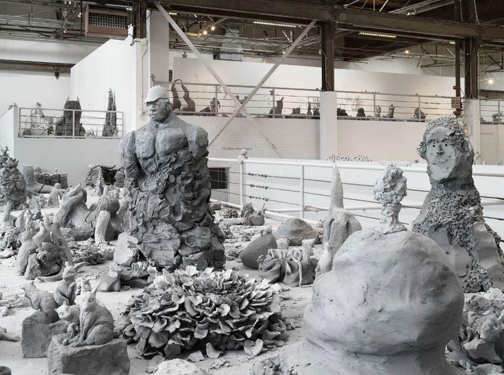 Скульптуры-свечи и проект Yes Урса Фишера, квесты и фильмы об искусстве на крыше и другие события на все лето ко дню рождения музея «Гараж» в Парке Горького