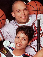 Celebrity Marriage: Halle Berry & David Justice, (m.  1992-1997)