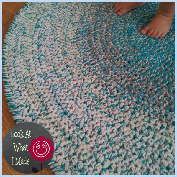 Crochet Rug with Crab Stitch Border
