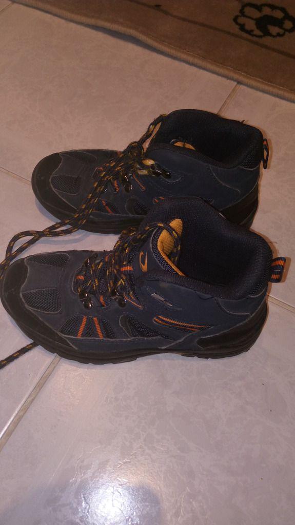 (Αττική) Παιδικά ρούχα & υποδήματα • ΠΑΠΟΥΤΣΙΑ ΓΙΑ ΑΓΟΡΙ: Χαρίζω τα παρακάτω παπούτσια για αγόρια.Είναι όπως ακριβώς φαίνονται στις…
