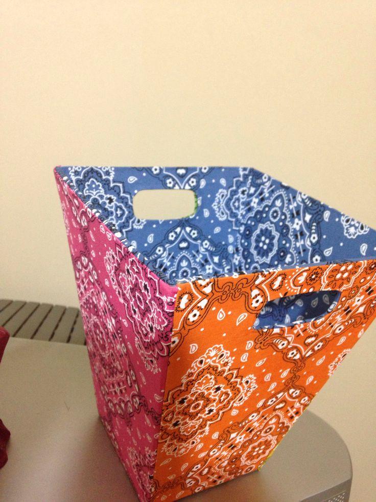 17 melhores imagens sobre cartonagem no pinterest caixa - Mesa plegable maleta carrefour ...