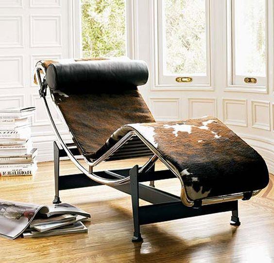 De wereldbekende design ligstoel LC4 van Frans architect en ontwerp Le Corbusier #furniture #design #lecorbusier