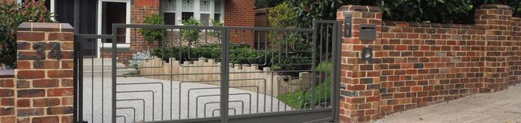 Custom aluminium gate design.  Get a quote for your automatic gates on Sydney Northern Beaches with Bayside Automatic Gates. Visit www.baysideautomaticgates.com.au