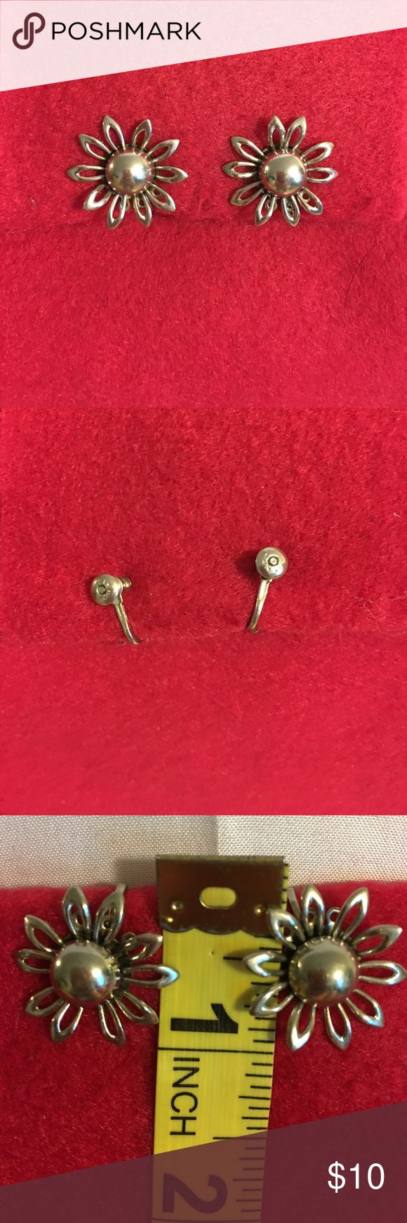 LISNER SIGNED FLORAL EARRINGS Dainty little flowers. Vintage signed LISNER silver toned earrings. These are screw backs. I believe that originally had pieces that dangled but they are cute as button as is. Vintage Jewelry Earrings