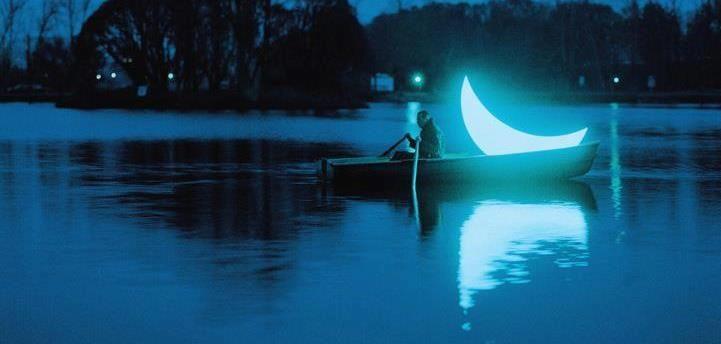Brujería del Cerco: Los Secretos de la Luna Menguante
