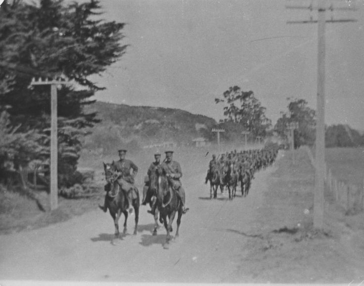 Mounted troops from Trentham Camp during Great War. [P5-69-771] at Upper Hutt City Library