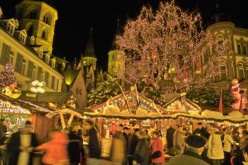 Christmas market in Kaiserslautern, Germany Went all the way to Germany 2 times to visit again, somehow didn't get to Kaiserslautern. I still remember 3 wonderful years there