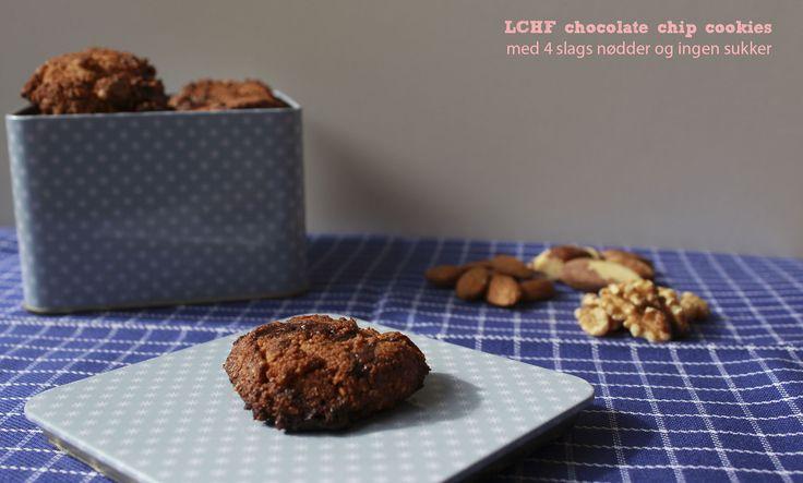 LCHF chocolate chip cookies med 4 slags nødder og ingen sukker #lchf #cookies