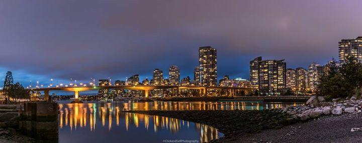 The reflections are so nice in vancouver.   www.clickandsellphotography.com https://plus.google.com/u/0/118315433860084945611/photos?gmbpt=true&fd=1 https://www.instagram.com/edmonton_photo/?hl=en #vancouver #city #bc