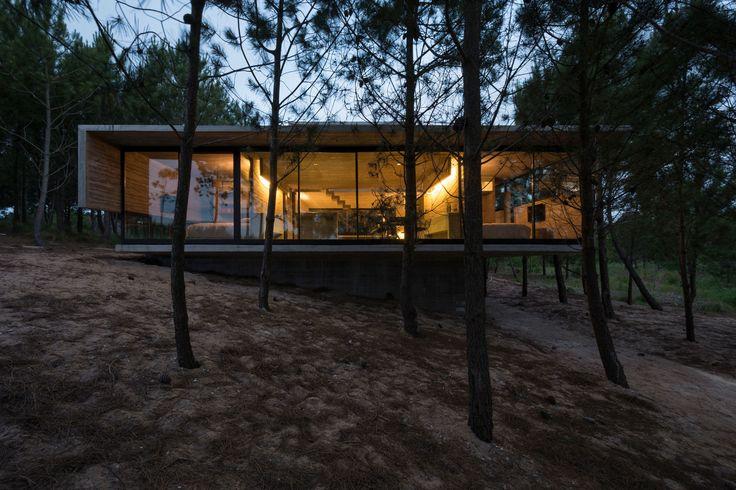 Luciano Kruk, Daniela Mac Adden · L4 House · Divisare
