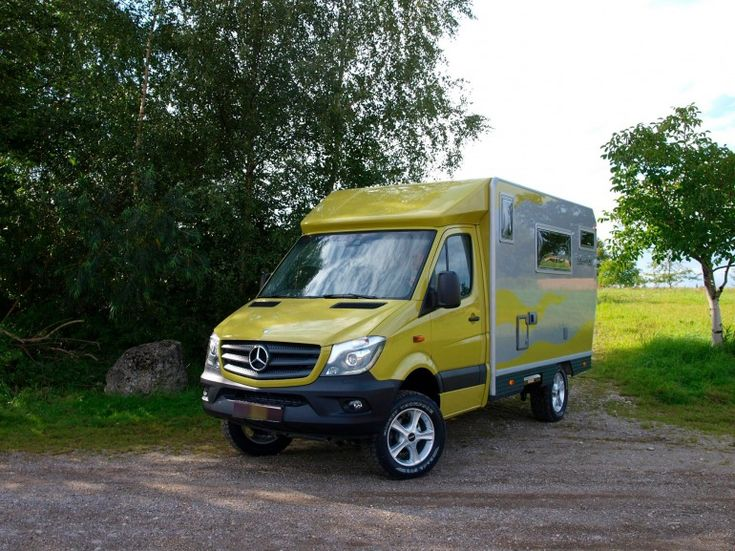 The standard EX 366 is based on the Mercedes Sprinter 4x4 with 161-hp TDI engine