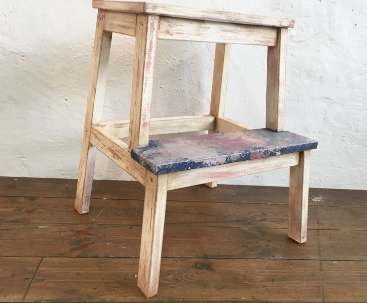 Painted ikea step-ladder with artificial age and vintage look effect with Daria Geiler paint materials.