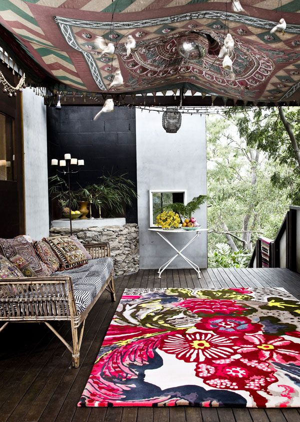 Easton Pearson's collaboration with Designer Rugs. Photo – Geoff Sumner Photography via thedesignfiles.net