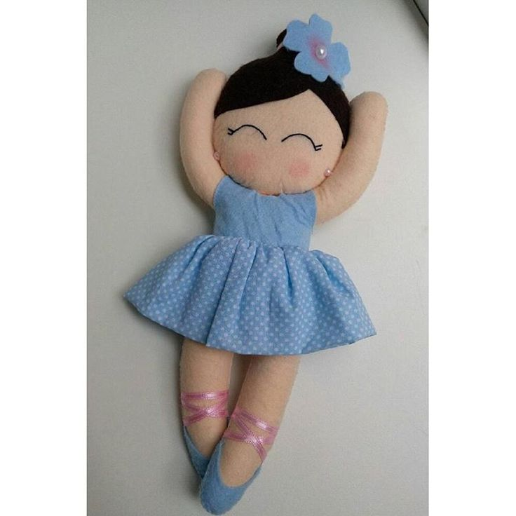 Masal tanem'in büyük balerini 💗💝 #keçe #elyapımı #anidefteri #takıyastigi #keçedenkapisusu #bebek #anneadayi #lavantakesesi #bebeksekeri #babyshower #bebekhazirliklari #hamileanne #hamilegunlugu #bebekodası #doğumhediyeleri #bebekşekeri #kapısüsü #baby #hediye #tasarım #balon #handmade #felt #feltro #fıeltro #craft