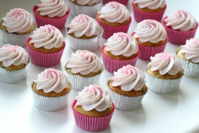 Bringebær cupcakes