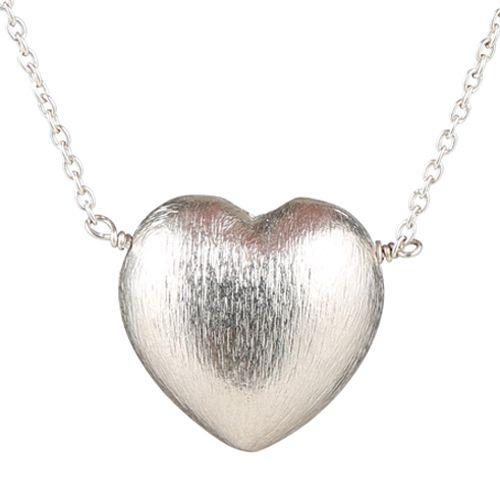 Superfin enkel hjertehalskæde i sterling sølv. Halskæden fås i enten 44 eller 79 cm. Priser fra 1049 kr.