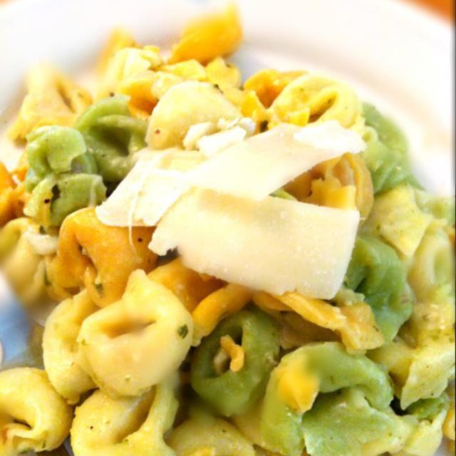 レシピとお料理がひらめくSnapDish - 20件のもぐもぐ - Cheesy tortellini with pesto sauce by Juliee ~ ジュリー