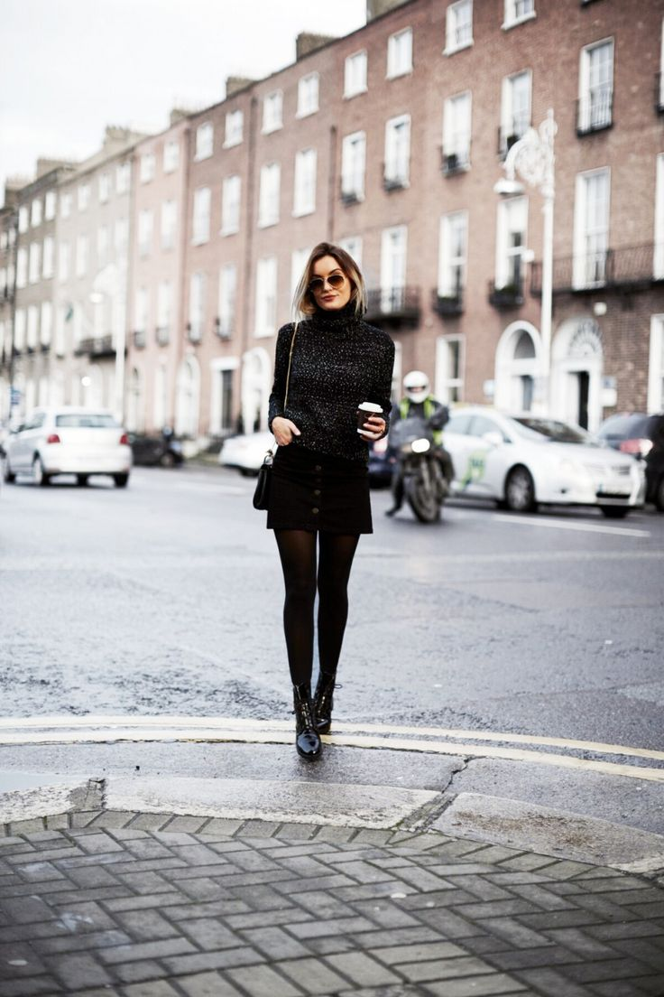 Look total Black elegante e ótimo para qualquer ocasião, basta saber utilizar a combinação correta e aproveitar o seu 《pinterest: @Lariifreitas 》