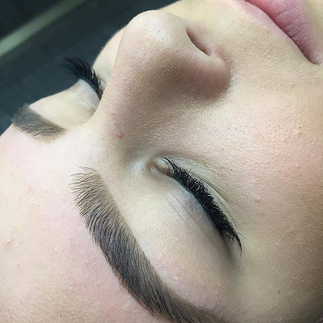 Wax and shape by Anastasia Salon Brow Artist  @browsbyanita ❤️ Call to book an appointment with her today! (310)273-3155