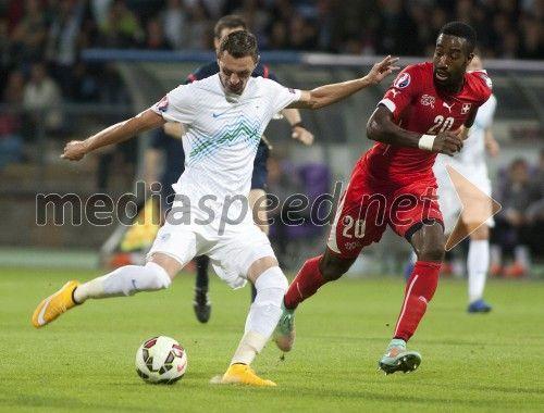 Milivoje Novaković, nogometaš; ..