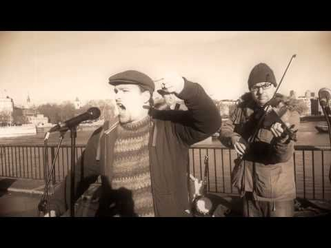 The Fitzroy went busking with The Green Rock River Band along London's South Bank on December 16th.