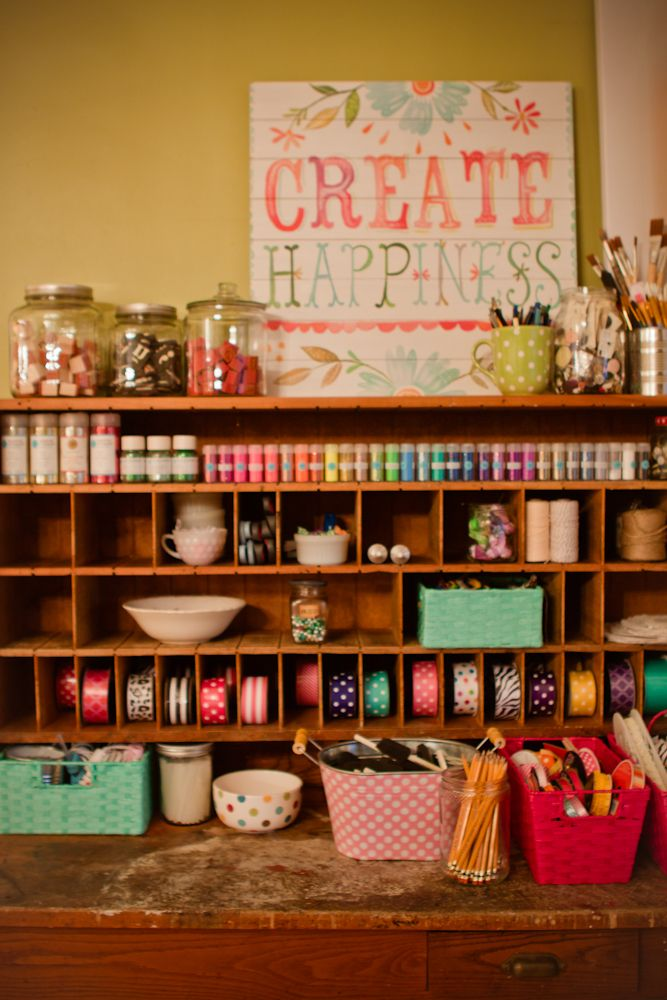 I love this crafty space from Whatever blog! So cheerful and happy!