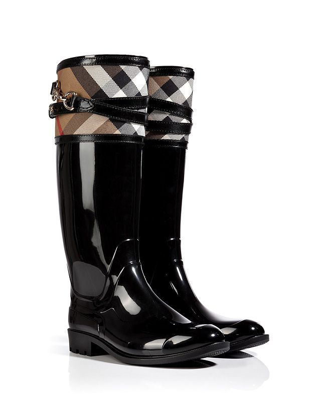 Burberry House Check Buckle Detail Rain Boots. Oh yes, I wear a size 8! but better get a size bigger on boots.