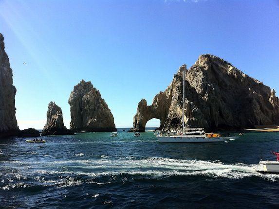 Al quinto posto c'è Cabo San Lucas, sulla punta meridionale della penisola della Bassa California, in Messico. È un buon punto per vedere i leoni marini che si radunano a El Arco, una formazione rocciosa naturale dove l'oceano si incontra con il mare di Cortez.