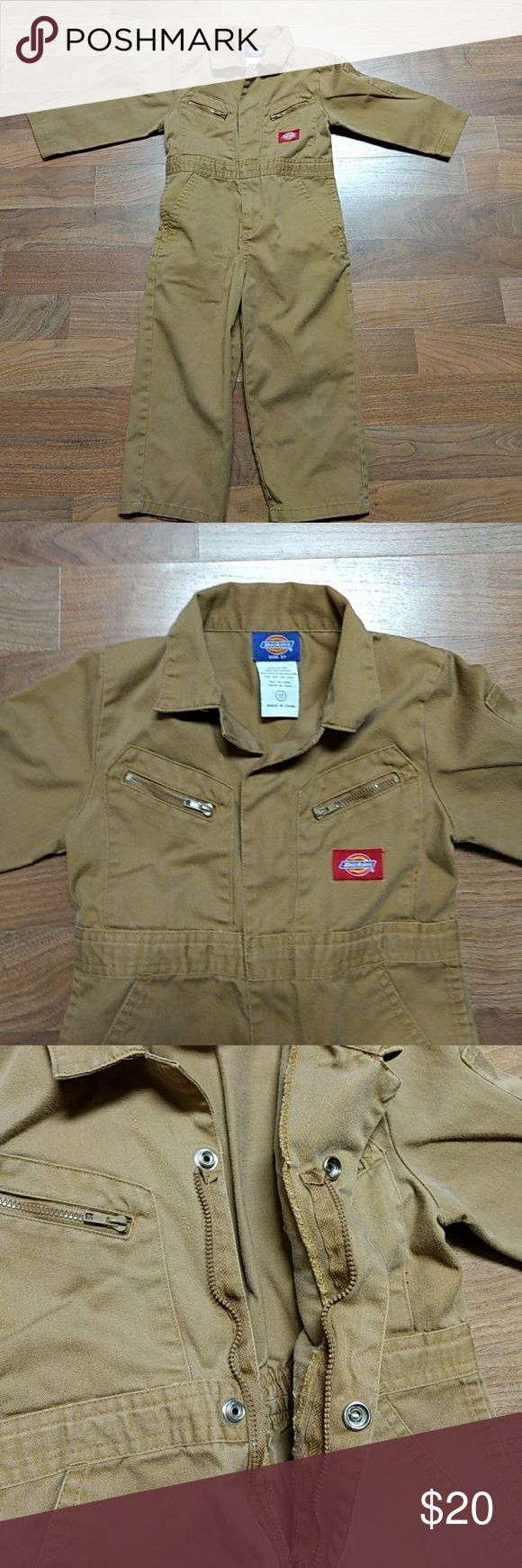 Dickies Toddler boys coveralls 3T Dickies Coveralls for 3T boy in like new condition 2 zipper pockets and 2 regular pockets on front these are  really cute, great for your little helper, comes from a smoke free home ☺️ any questions just ask Dickies Other