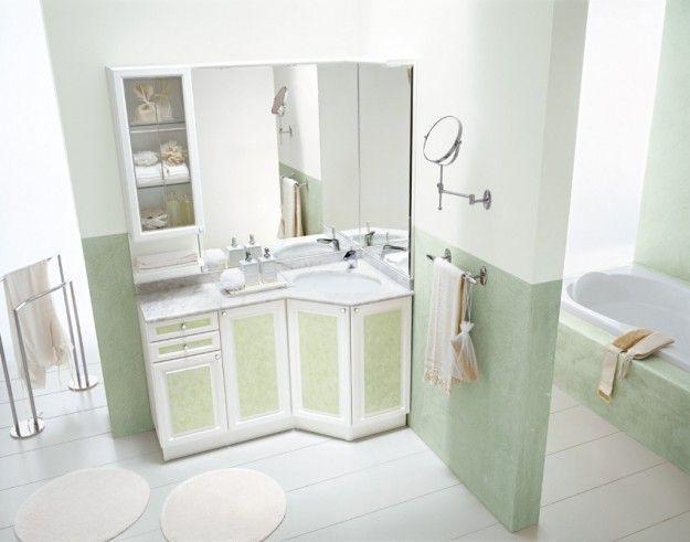 Idee per arredare un bagno in stile classico - Bagno classico bianco e verde  Stiles and Mobiles
