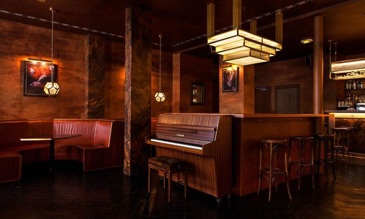 Salon Piano Déco Années Folles Bar Le fou Marais Paris
