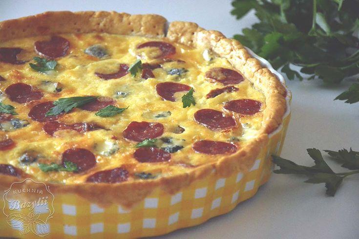 Tarta z salami, serem żółtym, suszonymi pomidorami i serem pleśniowym   Kuchnia Bazylii