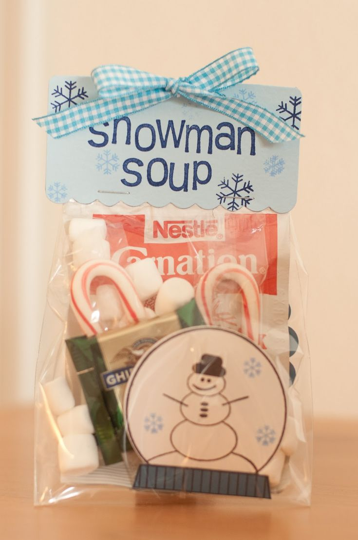 snowman soup with cute poem - cute, cheap, and fun idea for christmas gift. just bag some hot cocoa, small candy canes, small marshmallows, and chocolate mint candy.