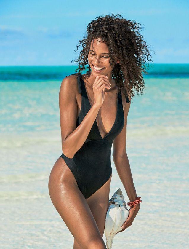 028870c81f Cindy Bruna et Barbara Palvin, égéries sublimes pour la campagne maillot de bain  Calzedonia -