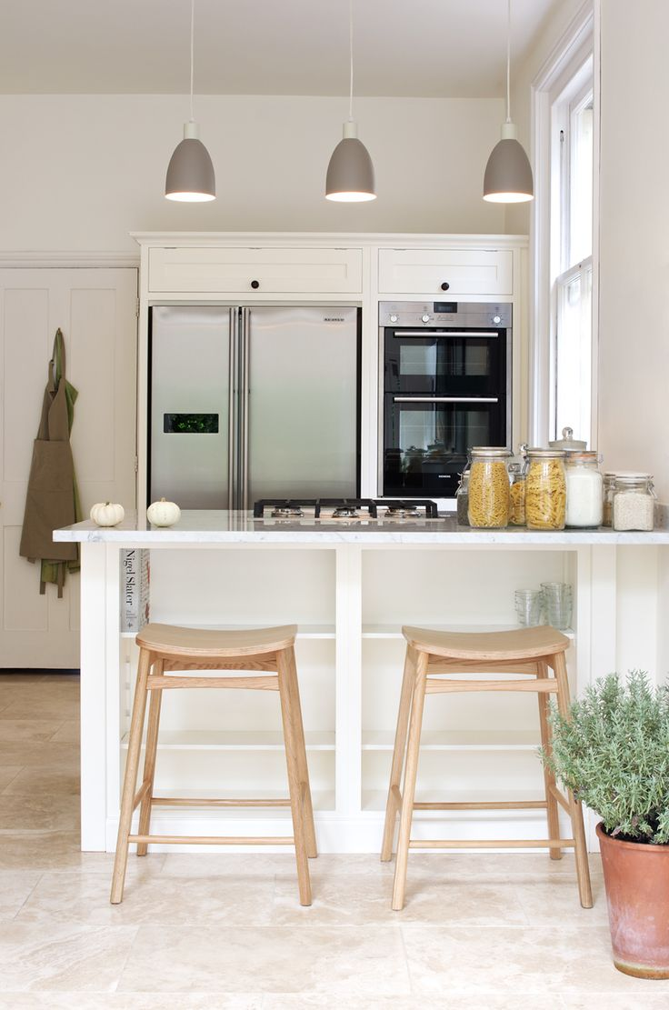 The Tunbridge Wells Shaker Kitchen by deVOL, with Premium Classic Travertine from Floors of Stone.