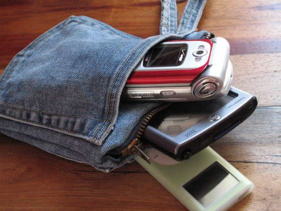 Turn and old pair of jeans into this cute, functional tech protector.