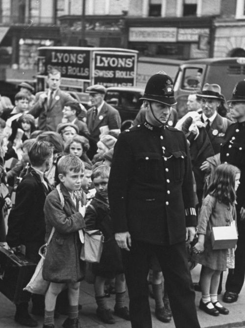 Children being evacuated out of London during the outbreak of the war, 1939.