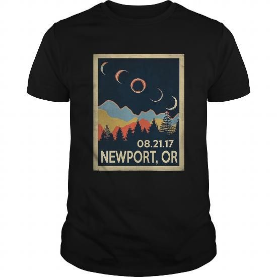 Vintage Newport Oregon Solar Eclipse 2017 Tshirt