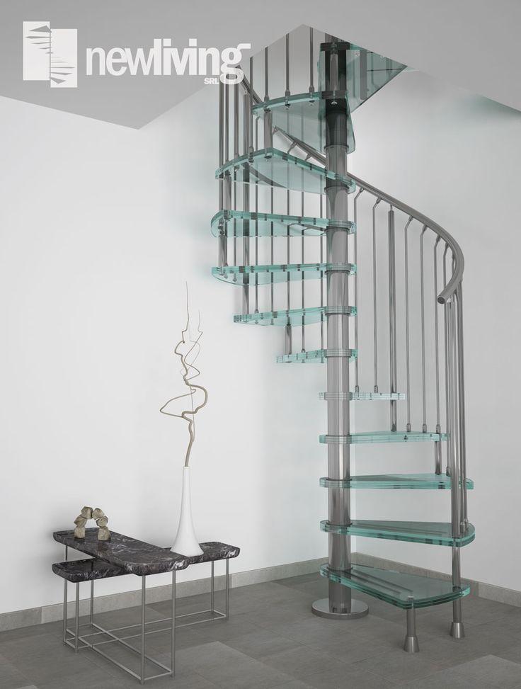 Scala a chiocciola con struttura e ringhiera in acciaio inox e gradini in vetro temperato