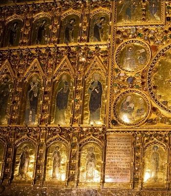 The Pala D'Oro altarpiece St Mark's Basilica http://www.venetoinside.com/en/saint_mark_s_basilica/